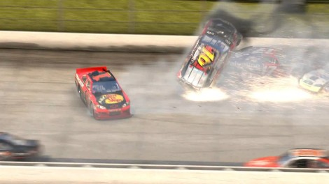 NASCAR-The-Game-2011-Launch-Trailer_6