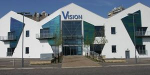 Vision Bldg - Courier
